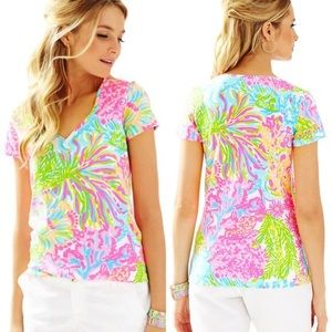 Lilly Pulitzer lovers coral Michele  v neck tee